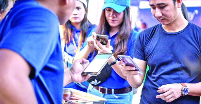 Topics!!  KBZ銀行がミャンマー初の「おさいふ携帯」導入 ミャンマーにも「キャッシュレス時代」到来か