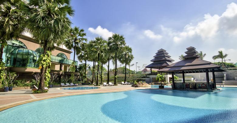 """Sedona Hotel(セドナホテル)の新しいビュッフェプロモーション """"Family Fun Getaway Package""""を開催中"""